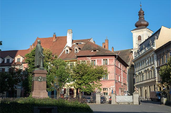 Plaza de Albert Huet en Sibiu (Rumanía)
