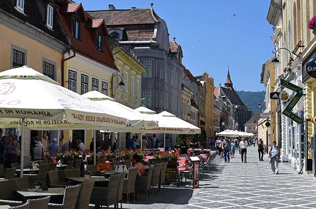 Calle de la República (Strada Republicii) en Brasov (Rumanía)