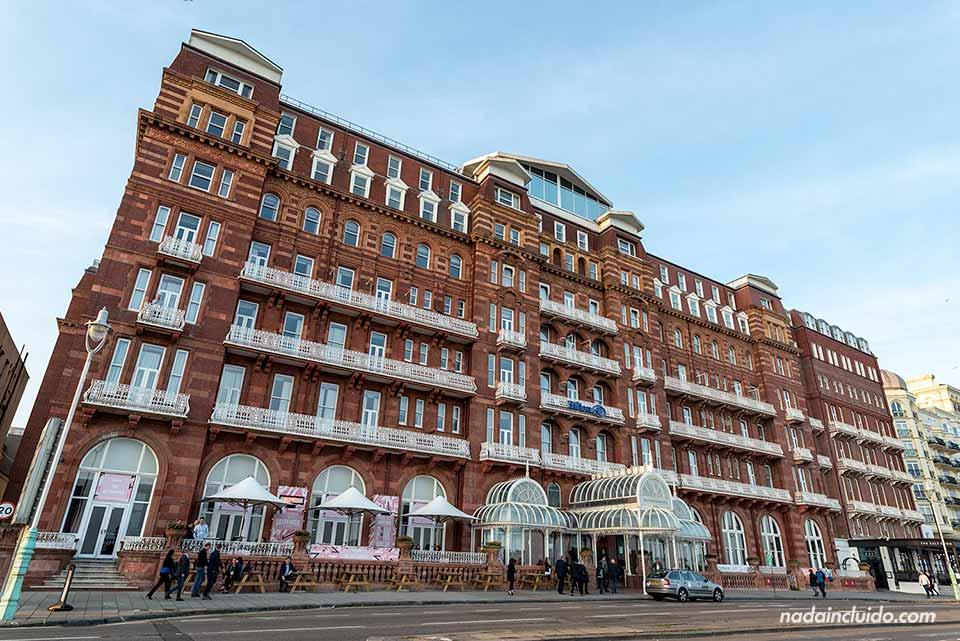 Fachada del Hotel Hilton en Brighton (Inglaterra)