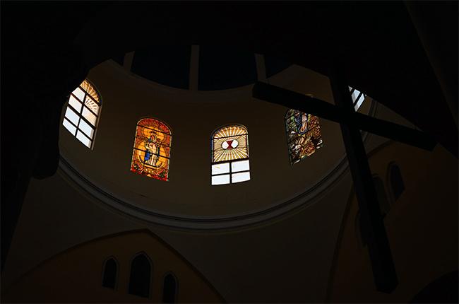 Cruz en lo alto de la Catedral de Granada (Nicaragua)