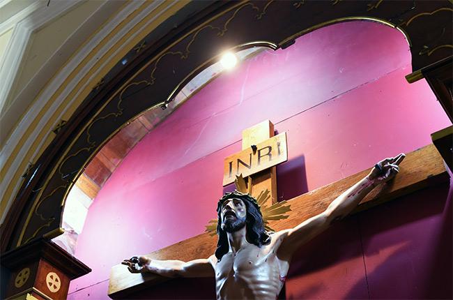 Cristo crucificado en el interior de la Catedral de Granada (Nicaragua)