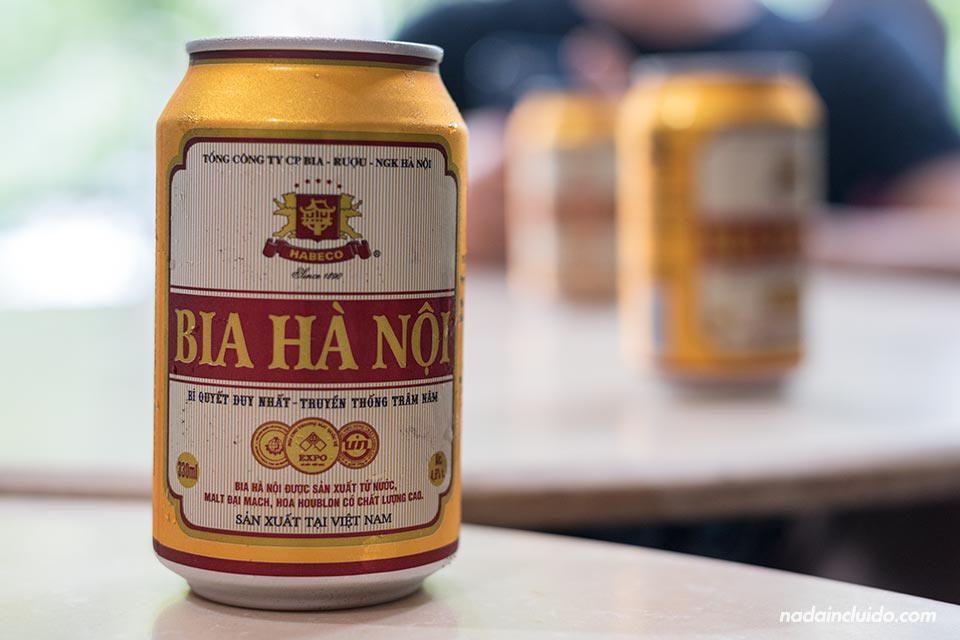 Lata de Cereza Ha Noi, cerveza local de Hanoi (Vietnam)