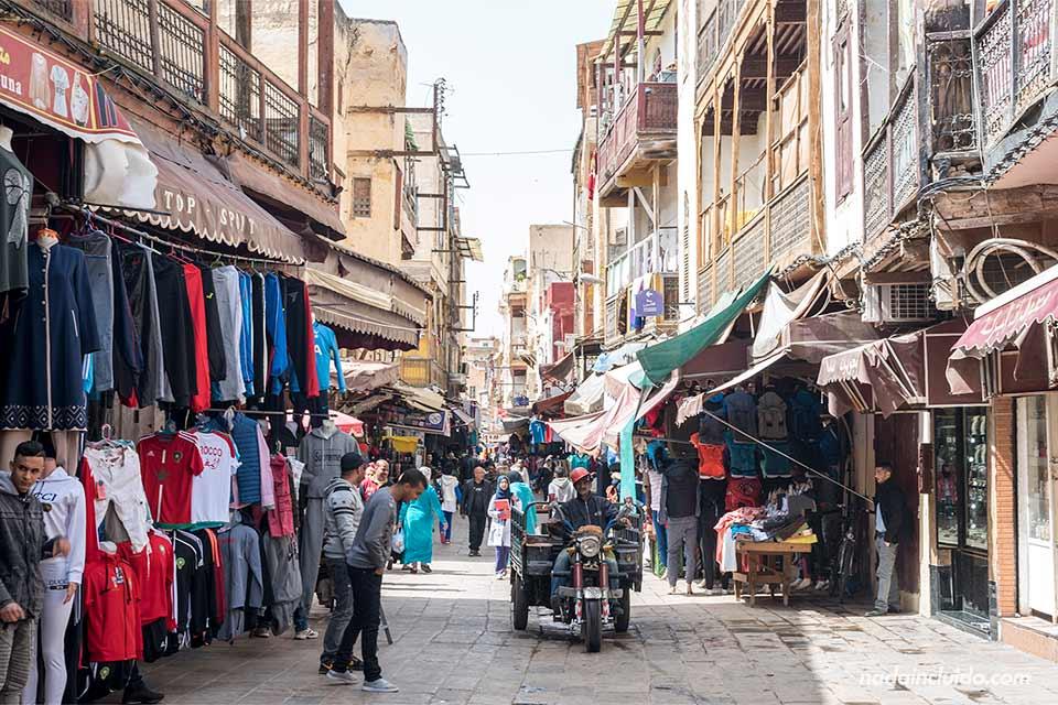 Calle del barrio judío de Fez (Marruecos)