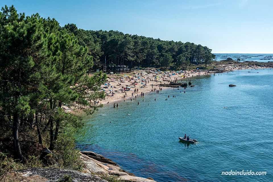 Vistas de la playa Área Da Secada de illa de Arousa (Galicia)