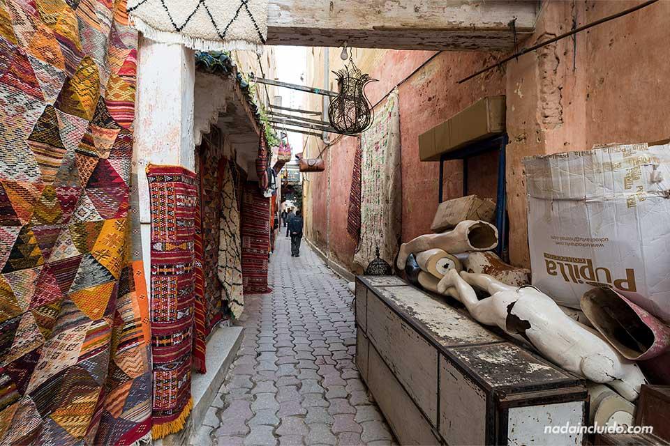 Calle de la medina de Meknes (Marruecos)