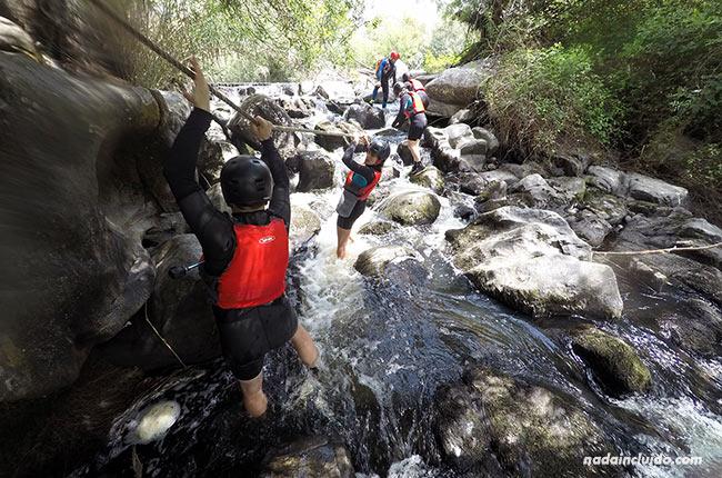 Andando por el río Seda con la empresa Azenhas da Seda (Alentejo, Portugal)
