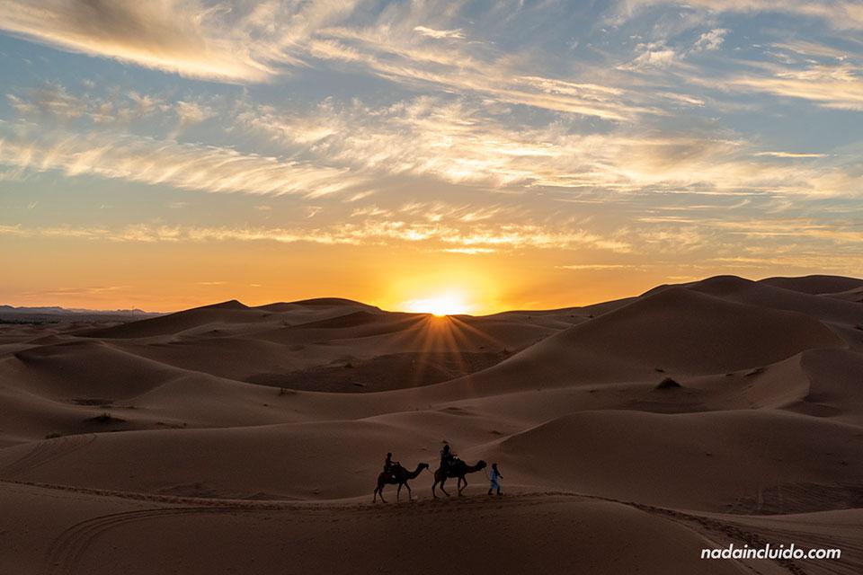 Atardecer en Erg Chebbi, el desierto de Marruecos