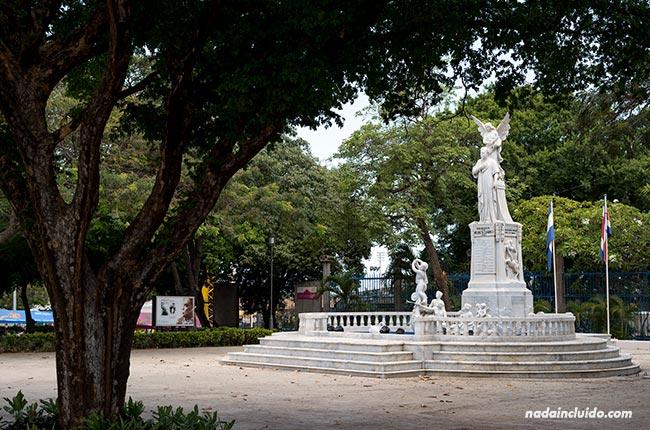 Monumento a Ruben Darío en Managua, capital de Nicaragua
