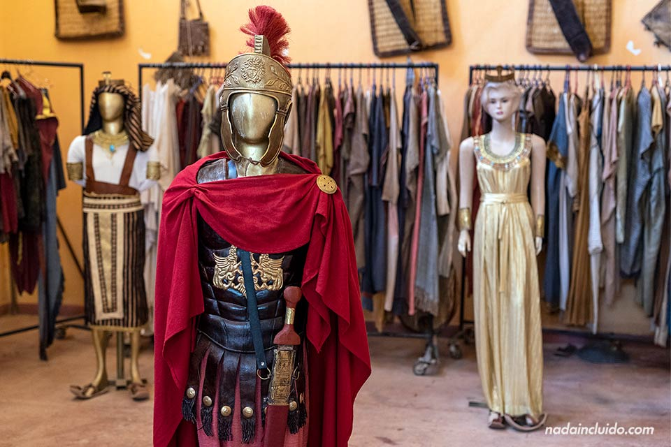 Trajes romanos en el museo del cine de Ouarzazate (Marruecos)