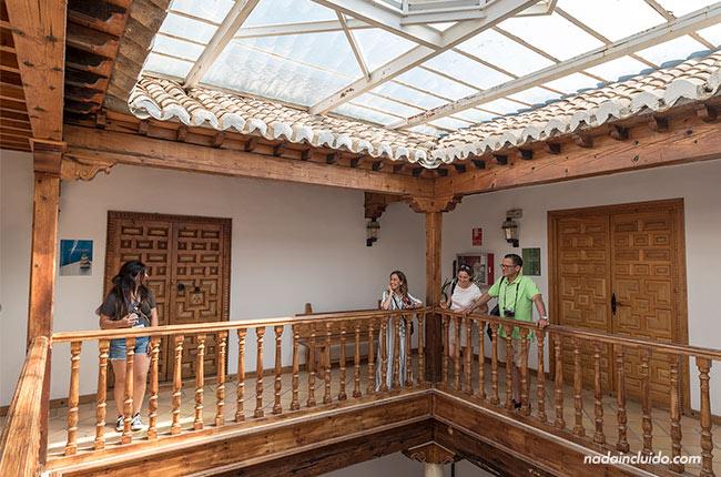 Patio en el Hospital de la Reina de Alhama de Granada
