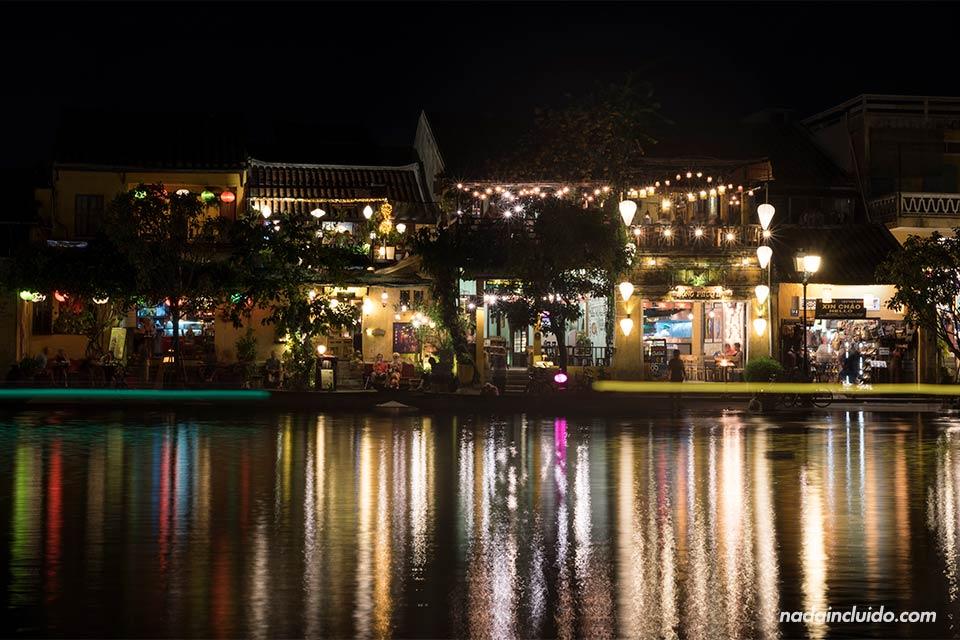 Fotografía nocturna del Ancient Town de Hoi An (Vietnam)