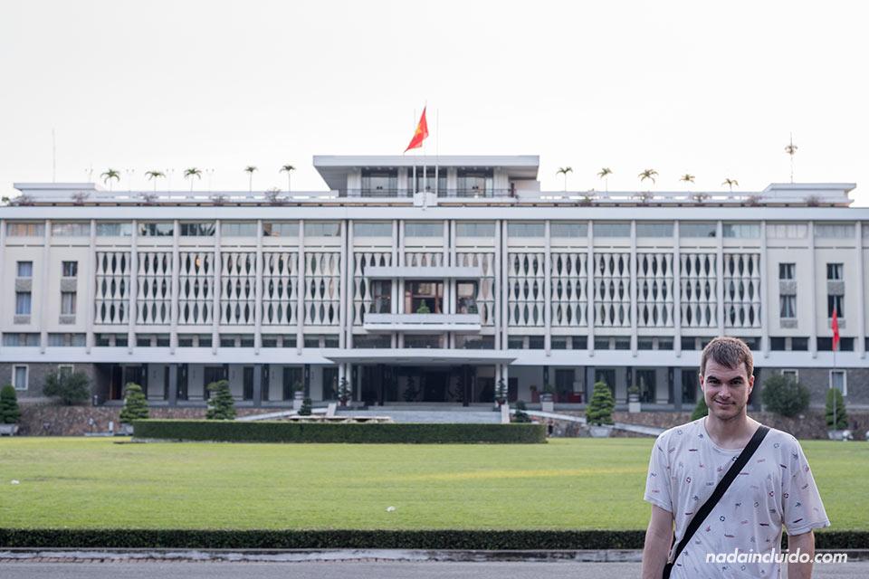 En el Palacio de la Reunificación de Ho Chi Minh (Vietnam)