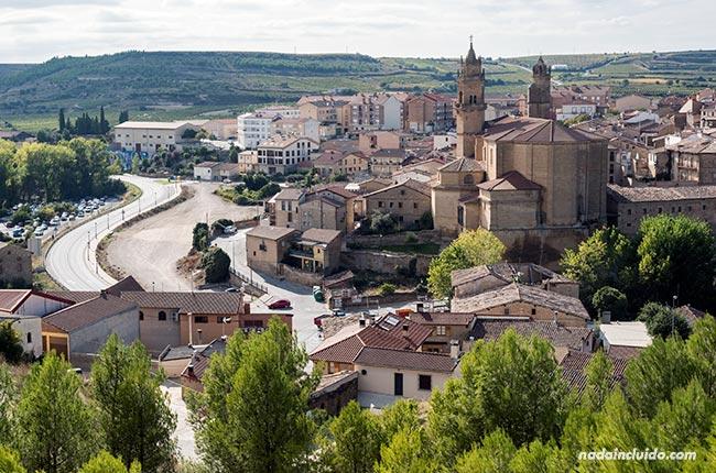 Vista de Elciego desde lo alto (Rioja Alavesa, País Vasco)