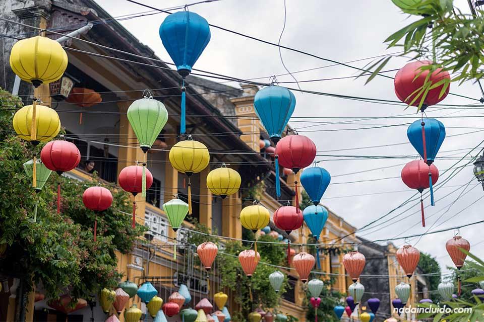 Farolillos en el old town de Hoi An (Vietnam)