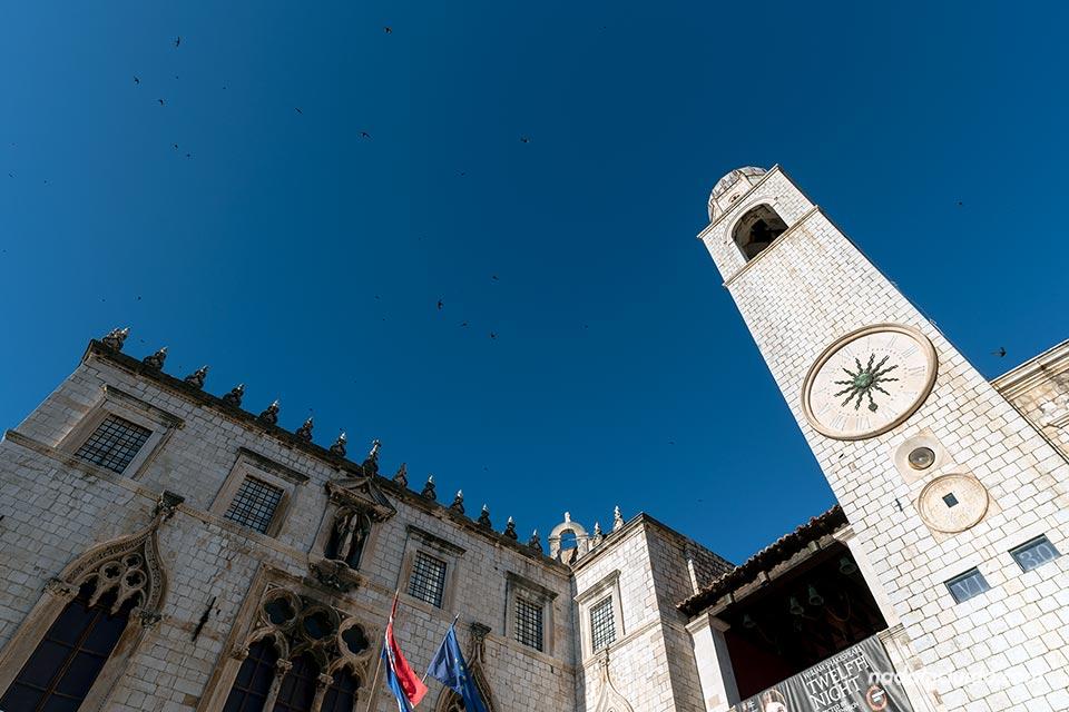 Torre del reloj en el Old Town de Dubrovnik (Croacia)