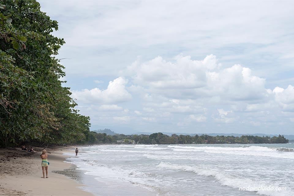 Playa del parque nacional Cahuita (Costa Rica)