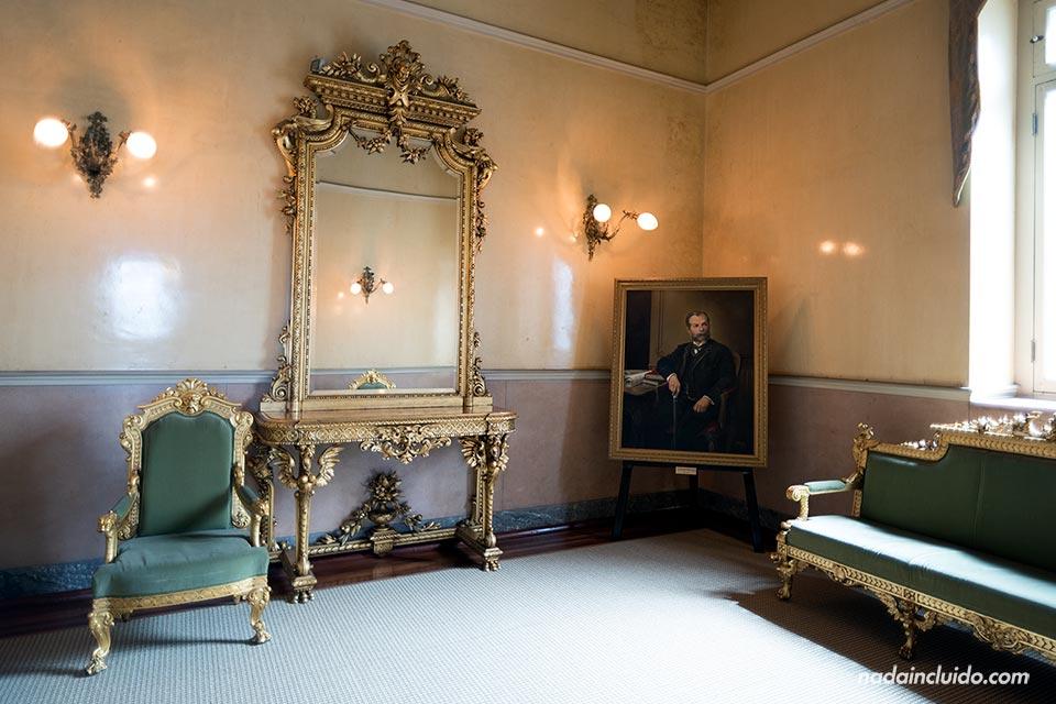El Foyer, el salón en el Teatro Nacional de Costa Rica (en San José)