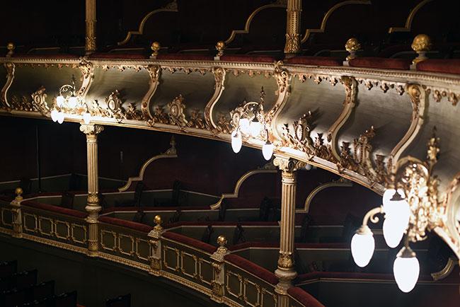 Gradas en el Teatro Nacional de Costa Rica (San José)