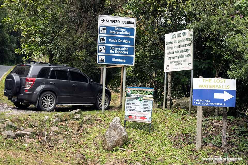 Entrada al sendero de las tres cascadas escondidas (The Lost Waterfalls) en Boquete (Panamá)