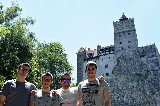 En el Jardín del Castillo de Bran (Rumanía)