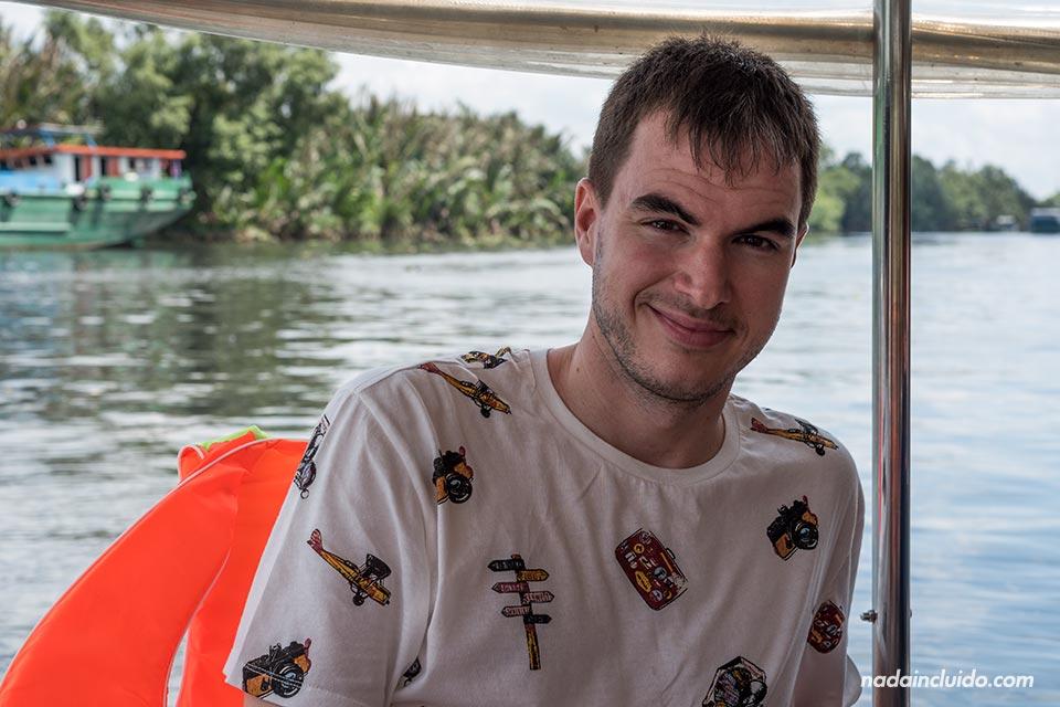 Recorriendo el Delta del Mekong en barca de Les Rives (Vietnam)