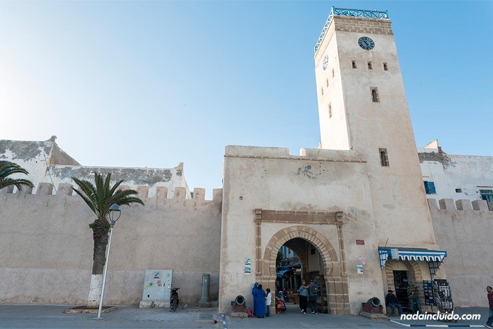 Torre del reloj de la medina de Essaouira (Marruecos)
