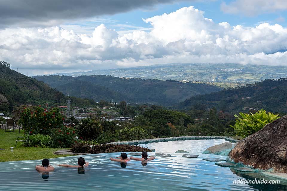 ¿Cuál es la mejor temporada para viajar a Costa Rica? Foto de la Hacienda Orosi