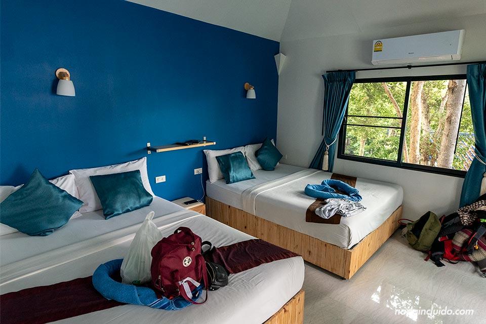 Habitación del Sangthian Beach Resort en Koh Samet (Tailandia)