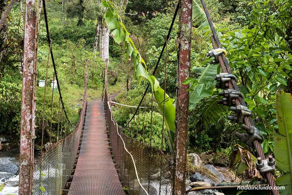 Puente sobre el río Caldera, en Boquete (Panamá)