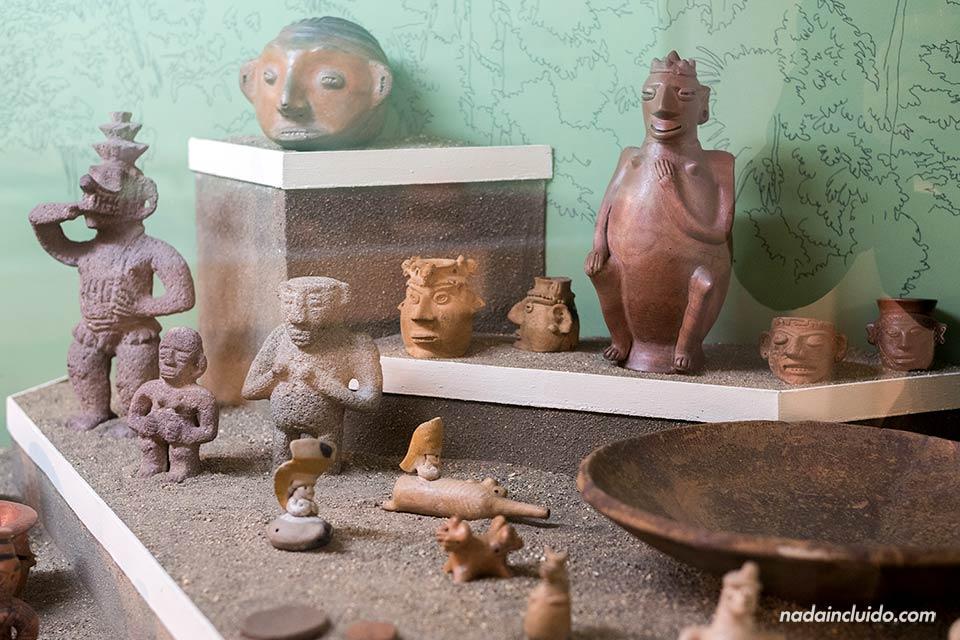 Exposición de arte precolombina en el museo nacional de Costa Rica, San José