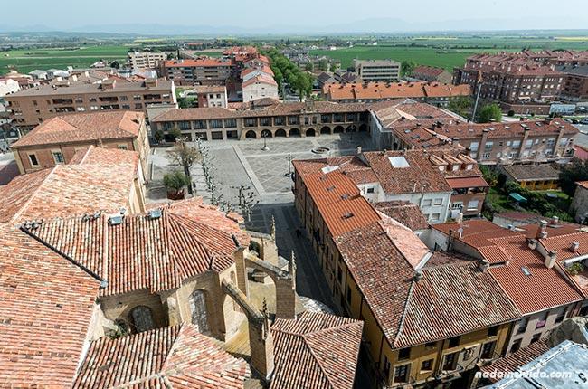 Vistas de Santo Domingo de la Calzada desde lo alto (Rioja, España)