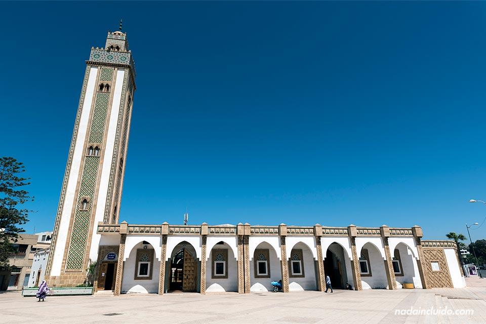 Fachada de la mezquita Loubnane de Agadir (Marruecos)