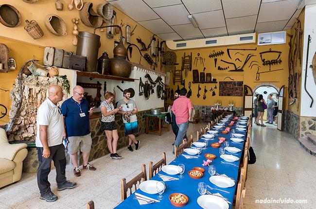 Comiendo en Casa Pepe Bravo, Alozaina (Málaga)