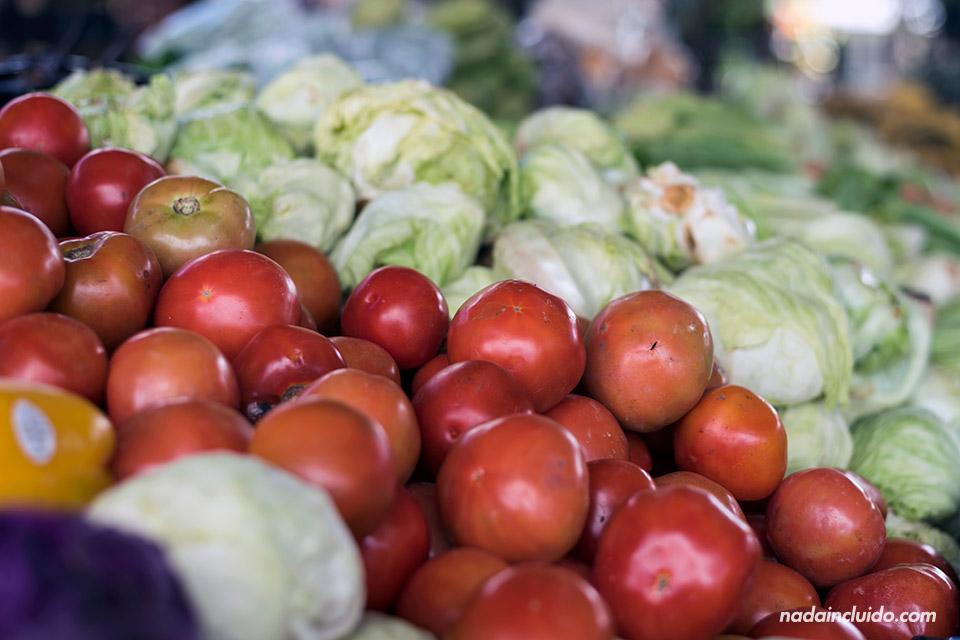 Hortalizas en el mercado del Valle de Antón (Panamá)