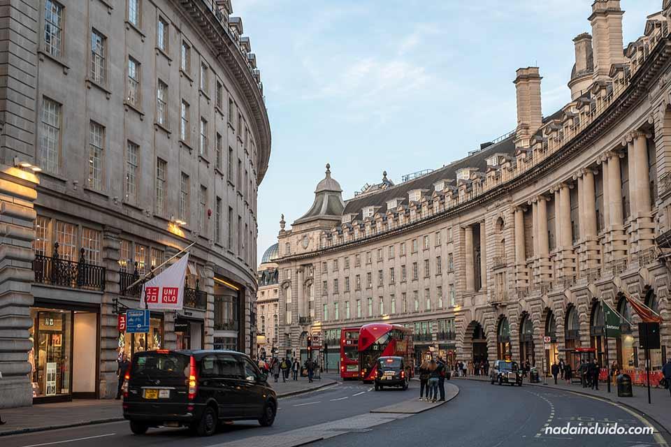 Calle Regent en Londres (Inglaterra)