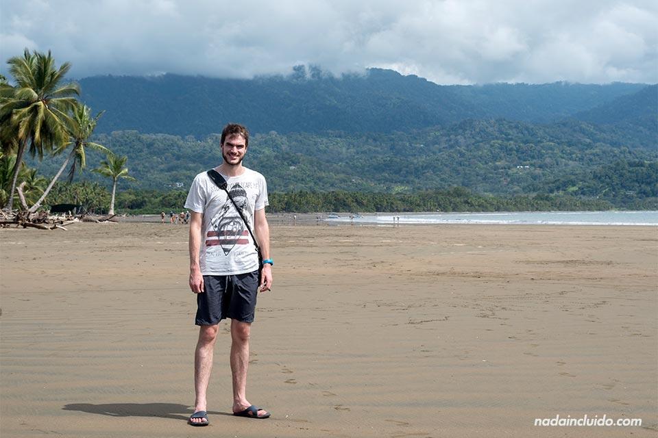 Paseando por playa Uvita, en el Parque Nacional Marino Ballena (Costa Rica)