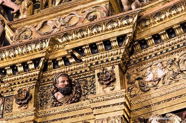 Autorretrato de Damián Forment en el retablo de la catedral de Santo Domingo de la Calzada (Rioja, España)