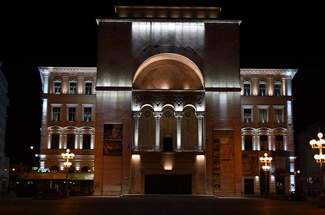 Opera de Timisoara, noche (Rumanía)
