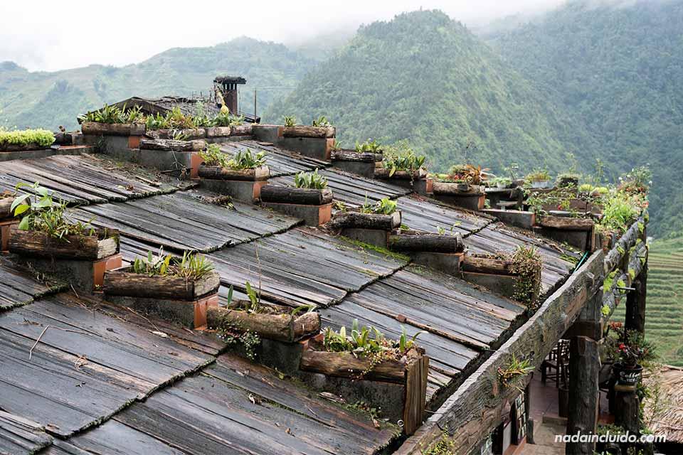 Tejado típico en Cat Cat, una aldea Hmong de la provincia de Lao Cai (Vietnam)