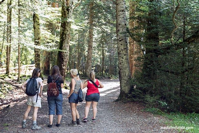Blogueras de viaje visitan el Parque Nacional de Ordesa y Monte Perdido (Aragón)