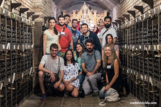 Blogueros visitan el museo de Bodegas Valdelana en Elciego (Rioja Alavesa, País Vasco)