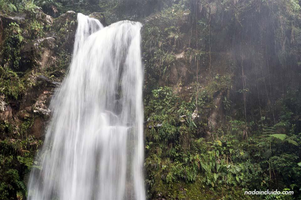 La primera de las tres cascadas escondidas, en Boquete (Panamá)