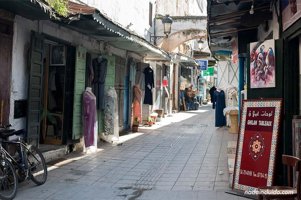 Callejón en la medina de Rabat (Marruecos)