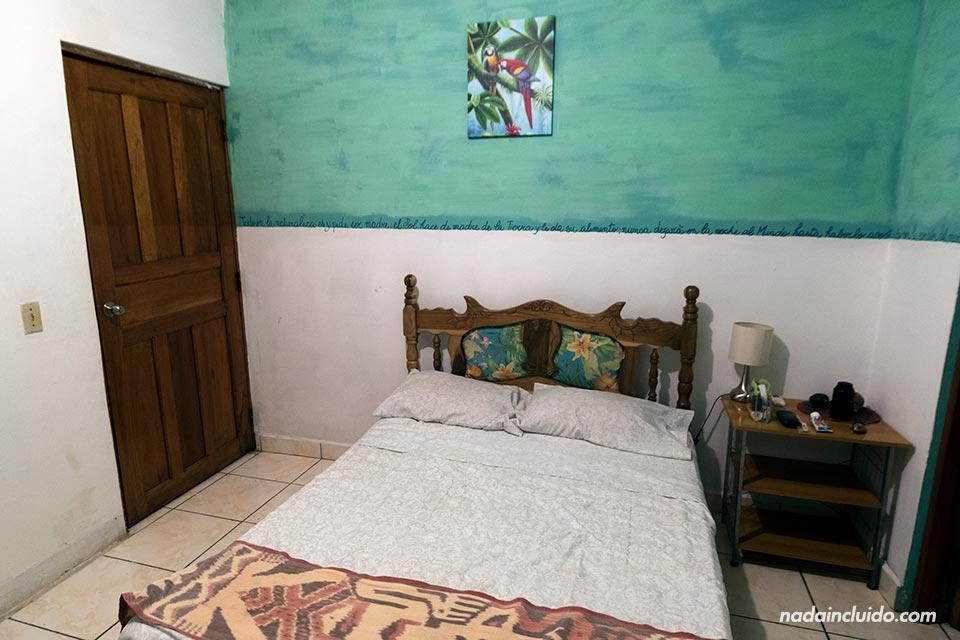 Habitación de la Residencia La Marina, en Boca Chica (Panamá)