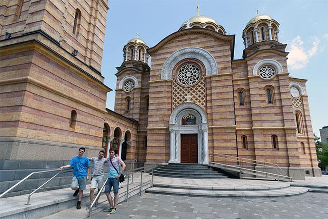 En la Iglesia Ortodoxa Hram Hrista Spasitelja en Banja Luka (Bosnia)