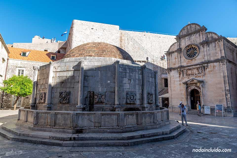 Fuente de Onofrio en el Old Town de Dubrovnik (Croacia)