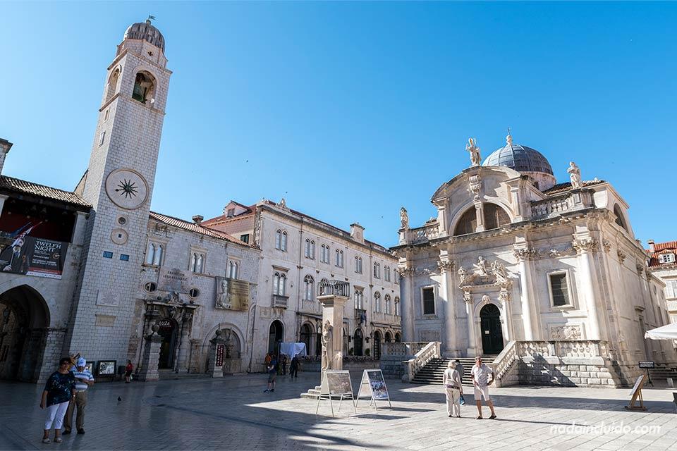 Plaza de la Luza en el Old Town de Dubrovnik (Croacia)