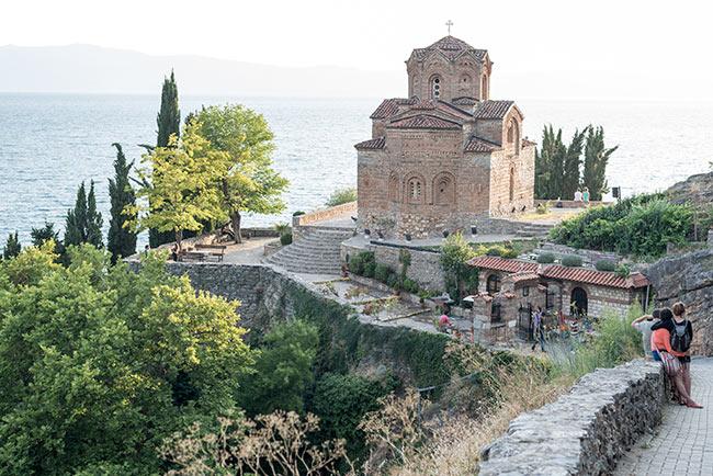 Iglesia de St John at Kaneo, junto al lago Ohrid (Macedonia)