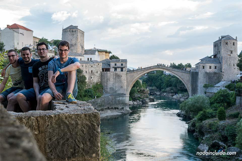 En el Stari Most (Puente VIejo) de Mostar (Bosnia)
