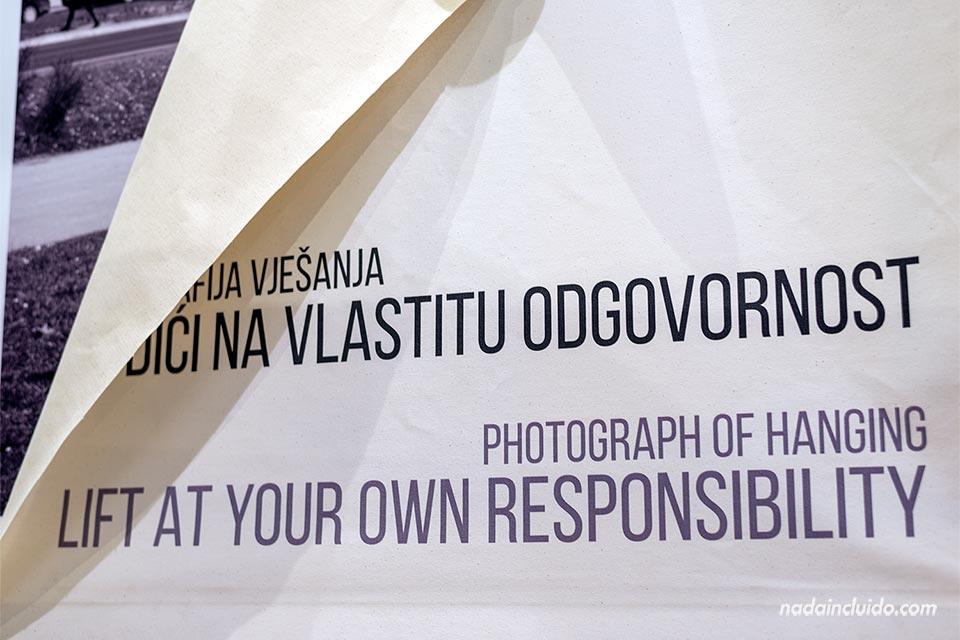 Exposición sobre la I y II Guerra Mundial en el Museo de Historia de Sarajevo (Bosnia)